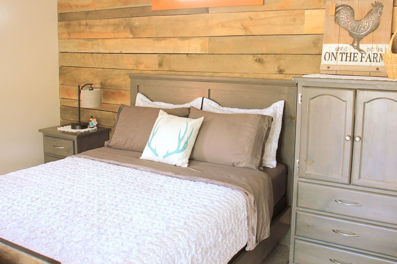 A bedroom example at Bluegrass Farm Bed and Breakfast.